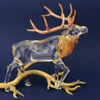 Shawn Tsai art glass elk